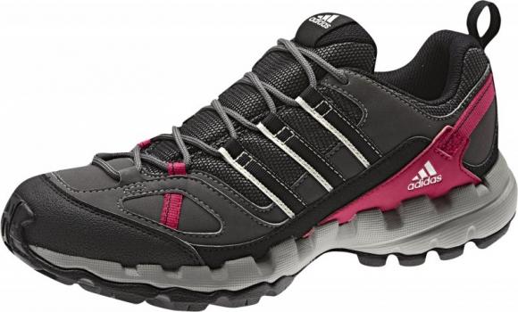 Dámské boty do nenáročného terénu značky Adidas
